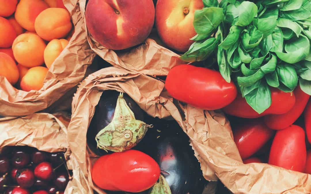 Are You a #FoodDefender? Join the Waste Wise Resolution Challenge